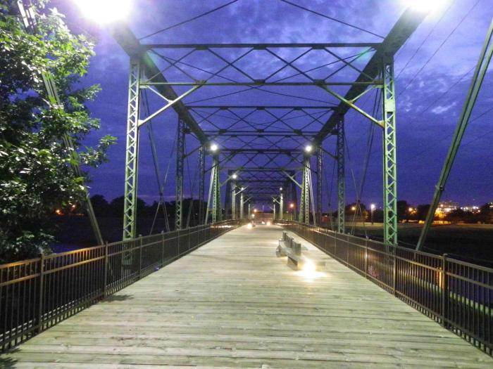 Fifth Avenue/ Jackson Street Pedestrian Bridge in Des Moines. Photo taken in August 2013