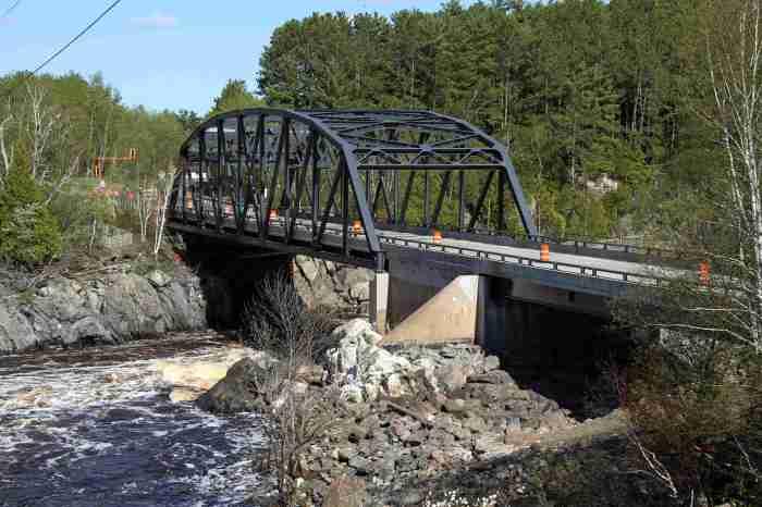 MN-210 Bridge
