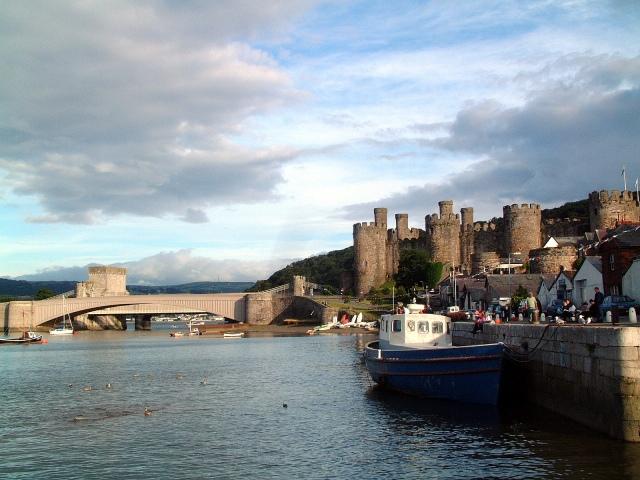 conwy_castle_and_bridges