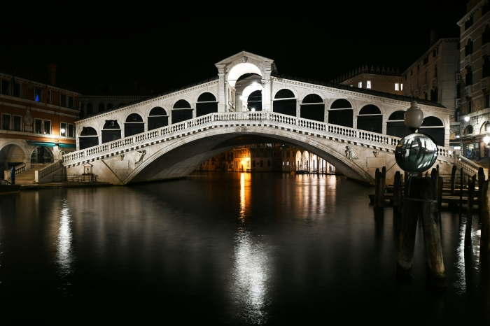 rialto_bridge_at_night2