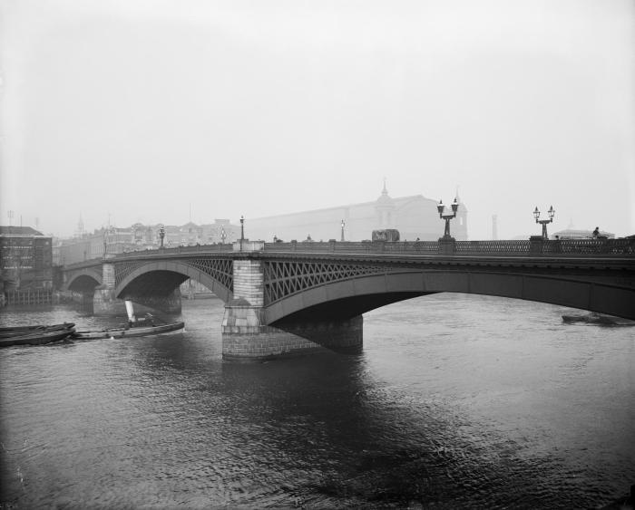 5 unusual endings for London's Thamesbridges