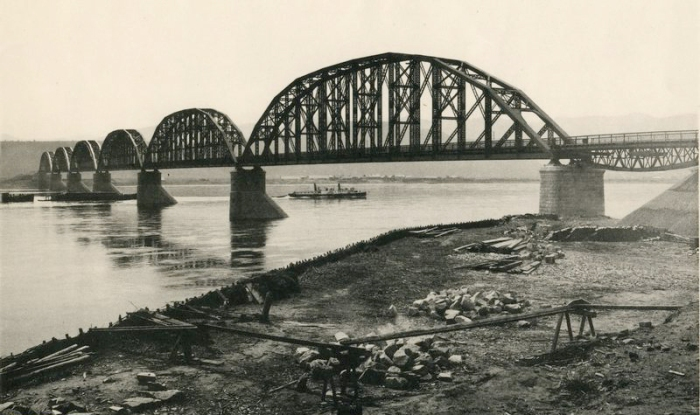 Today in Transportation History – March 28, 1899: A Noteworthy Bridge on the World's Longest RailwayLine