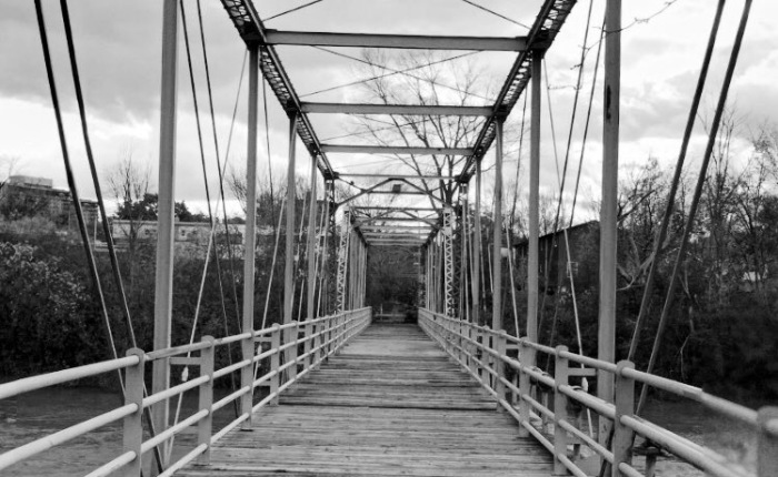 VIRUS BRIDGE : A Forgotten 1800's Iron Bridge That Carried Plagued Citizens to Isolation Island