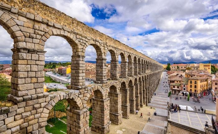 The Aqueduct of Segovia, a glorious Roman heritage inSpain